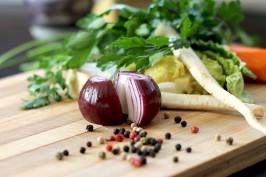 Histaminarmer vegetarischer Hirsetopf schmeckt nicht nur gut, er tut auch gut.