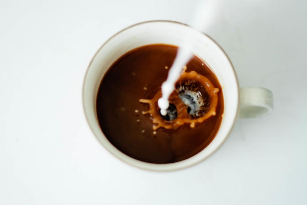 Laktosefreie pflanzliche Milchalternativen