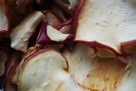 Glutenfreie vegane Apfelchips selber machen