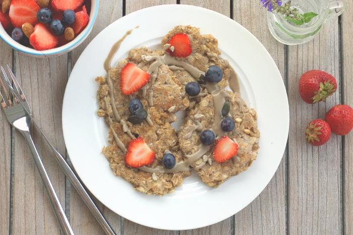 Köstliche milchfreie Haferflocken-Pancakes als Frühstücksalternative