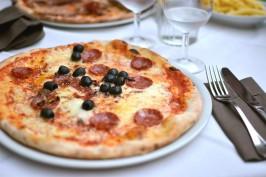 Glutenfreie Pizza backen mit Karfiolboden
