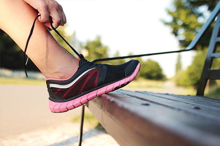Sind die Sportschuhe schon geschnürt? Mit den richtigen Nährstoffen erreichst du optimale Leistungsfähigkeit.